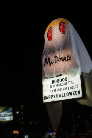 """A Burger King location in Queens, New York, recently """"dressed up"""" as a """"McDonald's ghost"""" for Halloween. And if the shade at their frenemy wasn't obvious enough, they included a message: 