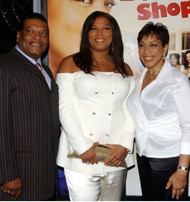 Queen Latifah Photos Photos: Celebrities and their parents ...