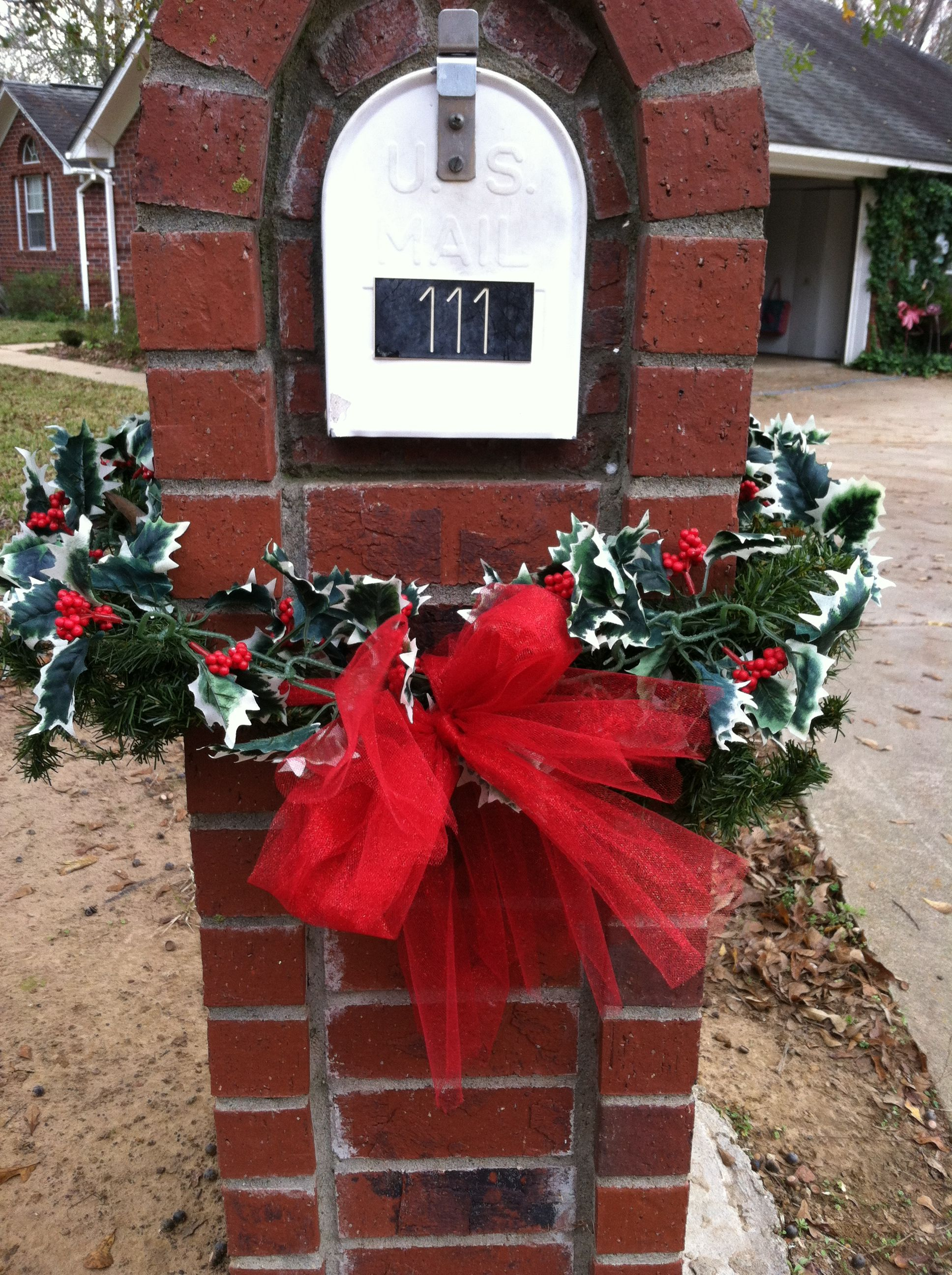 Mailbox Christmas Decorations.Decorating A Brick Mailbox Christmas Decorating Brick