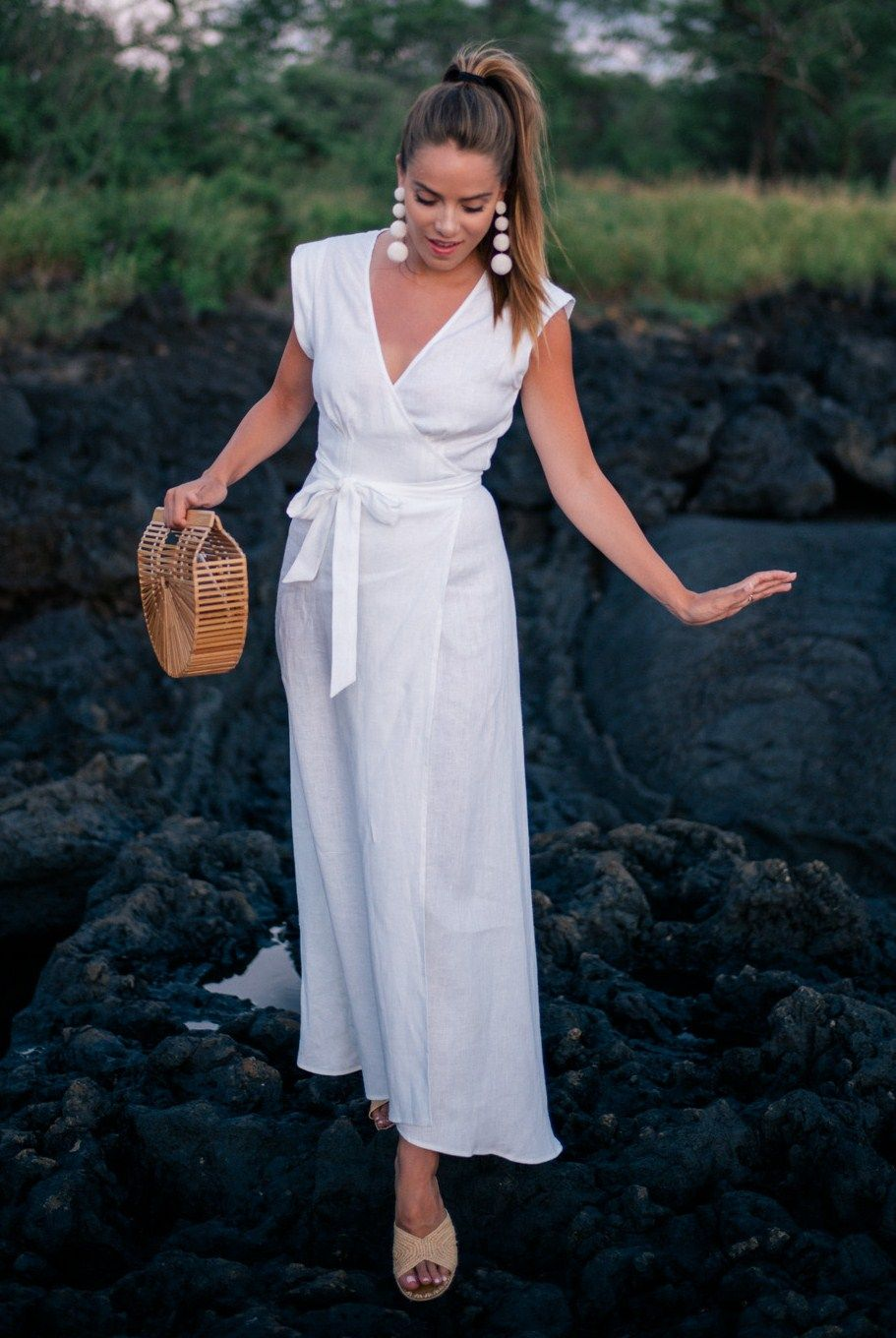 f29d10f13c 9.16 white linen maxi dress (Reformation  parisa  dress in white linen +  Club Monaco  carrie forbes  salon sandals in natural + Gaia s  ark  handbag  + ...