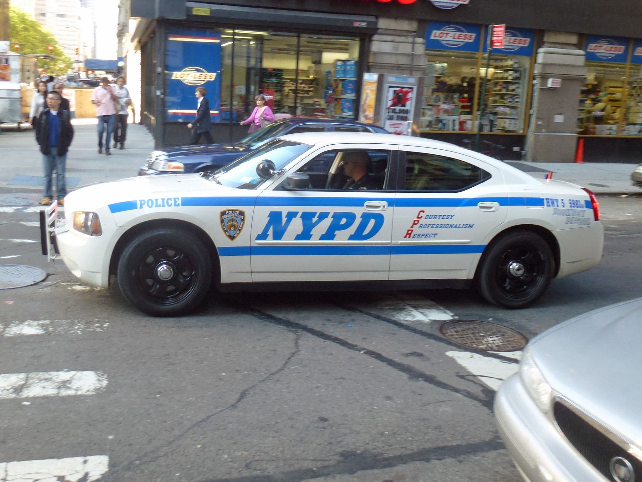Nypd Hwy 5 5981 Nypd Emergency Vehicles Old Police Cars