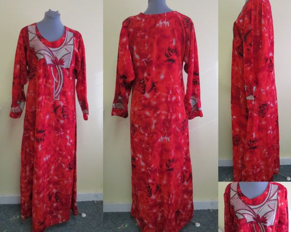 Vintage Handmade Caftan Red Floral Roses Ethnic Egyptian Art Deco Appliques Embroidered  Womens Size Medium