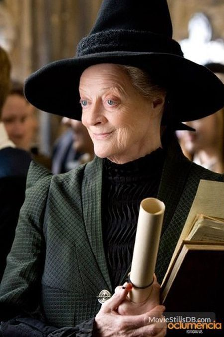 Happy Birthday To Lady Crawley And Professor Mcgonagall This Is A Formidable Lady H Phantastische Tierwesen Harry Potter Phantastische Tierwesen Tierwesen