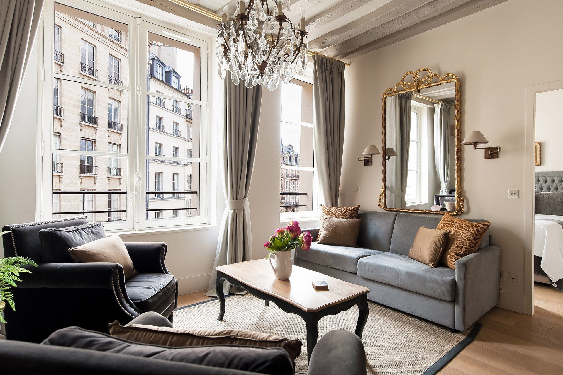 Place Dauphine One Bedroom Apartment Rental Paris Apartment Bedroom Decor Apartment Decorating Rental One Bedroom Apartment