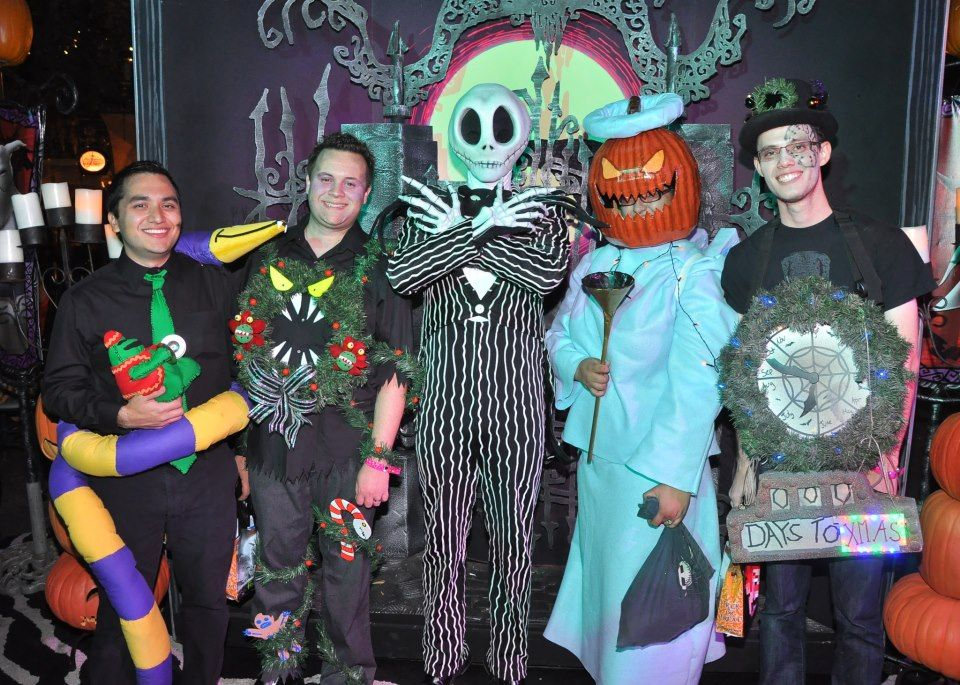 haunted mansion holiday inspired costumes for mickeys halloween party at disneyland