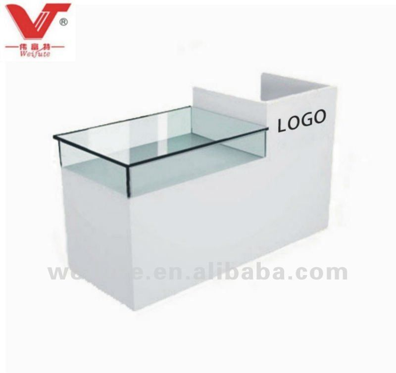Boutique Counter Desk 95 08 150 22 A Bit Boring But With The Right Sign Writing And