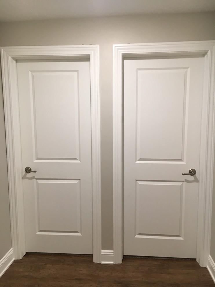 2 Panel Raised Interior Doors Vs Flat Panel Interior Door Styles Door Design Interior Cottage Interiors
