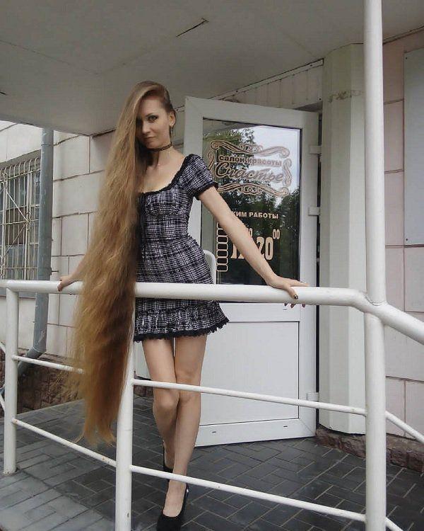Девушка модель 14 лет работа высокооплачиваемая работа в волгограде для девушек