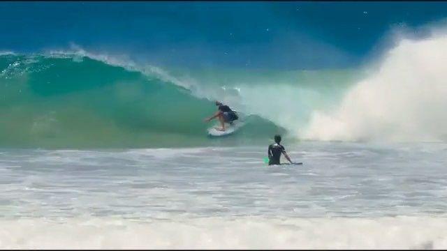 Mfanno surfer