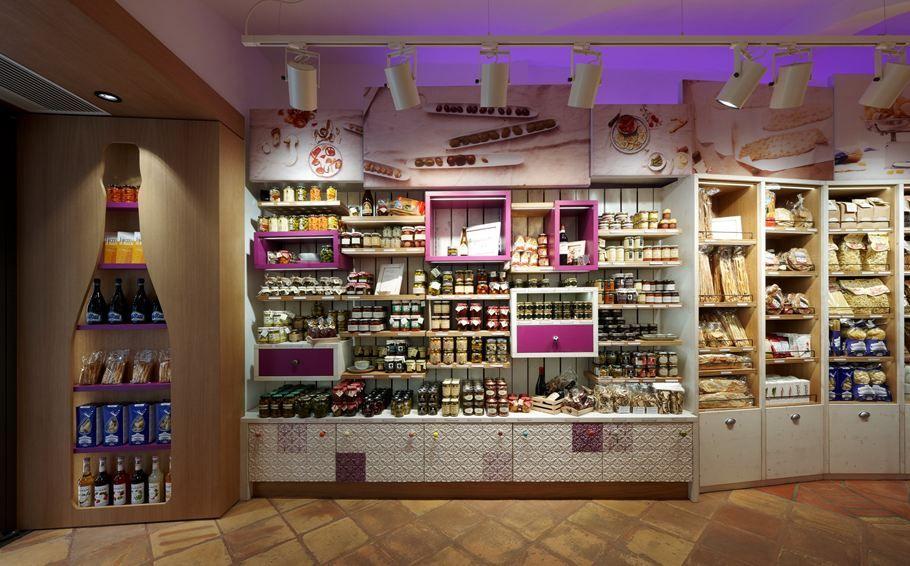 Drink Shop Harpf Picture gallery Retail design, Shop