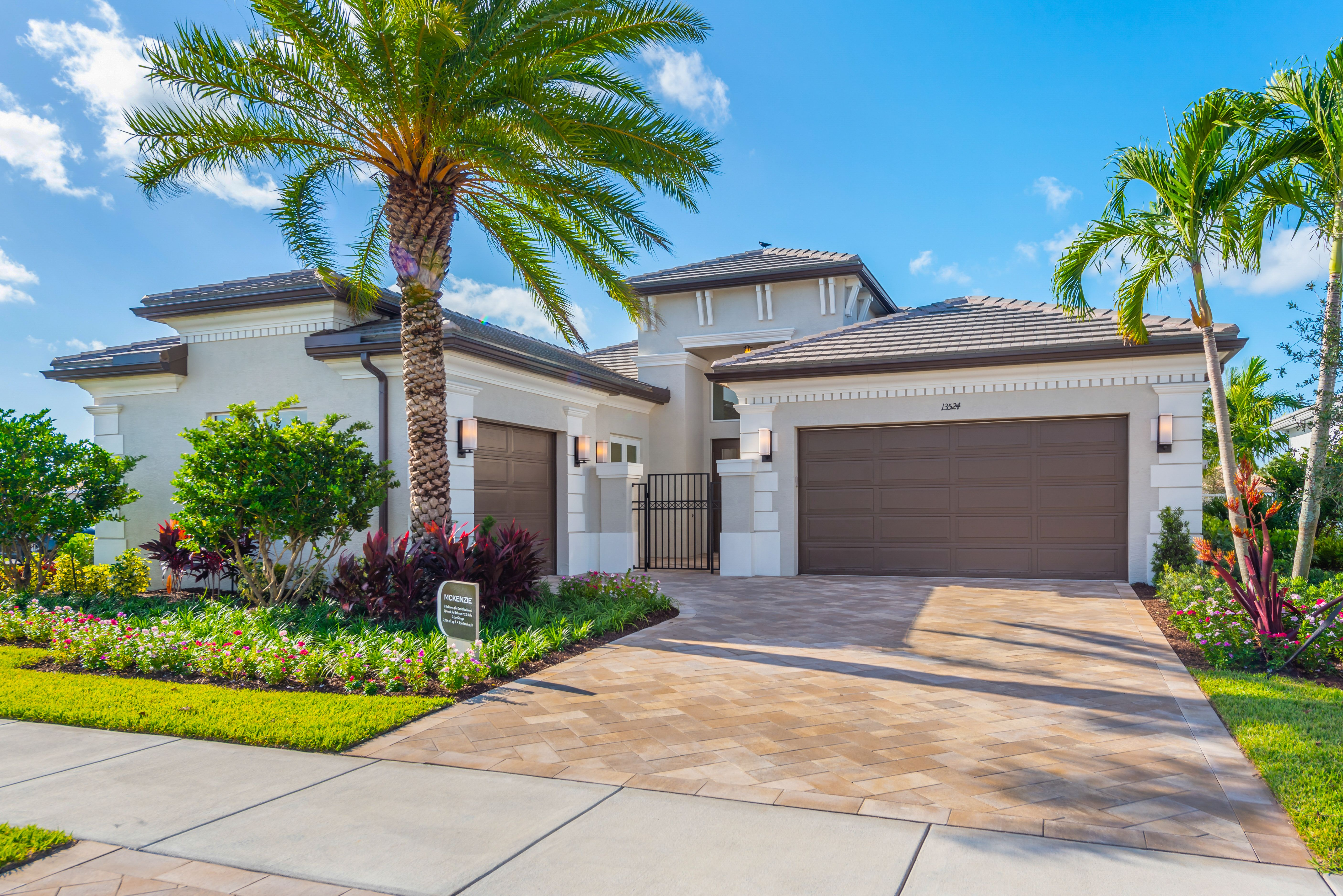 Luxury Homes In Delray Beach Fl Gl Homes In 2020 Single Storey House Plans House Exterior Florida Real Estate