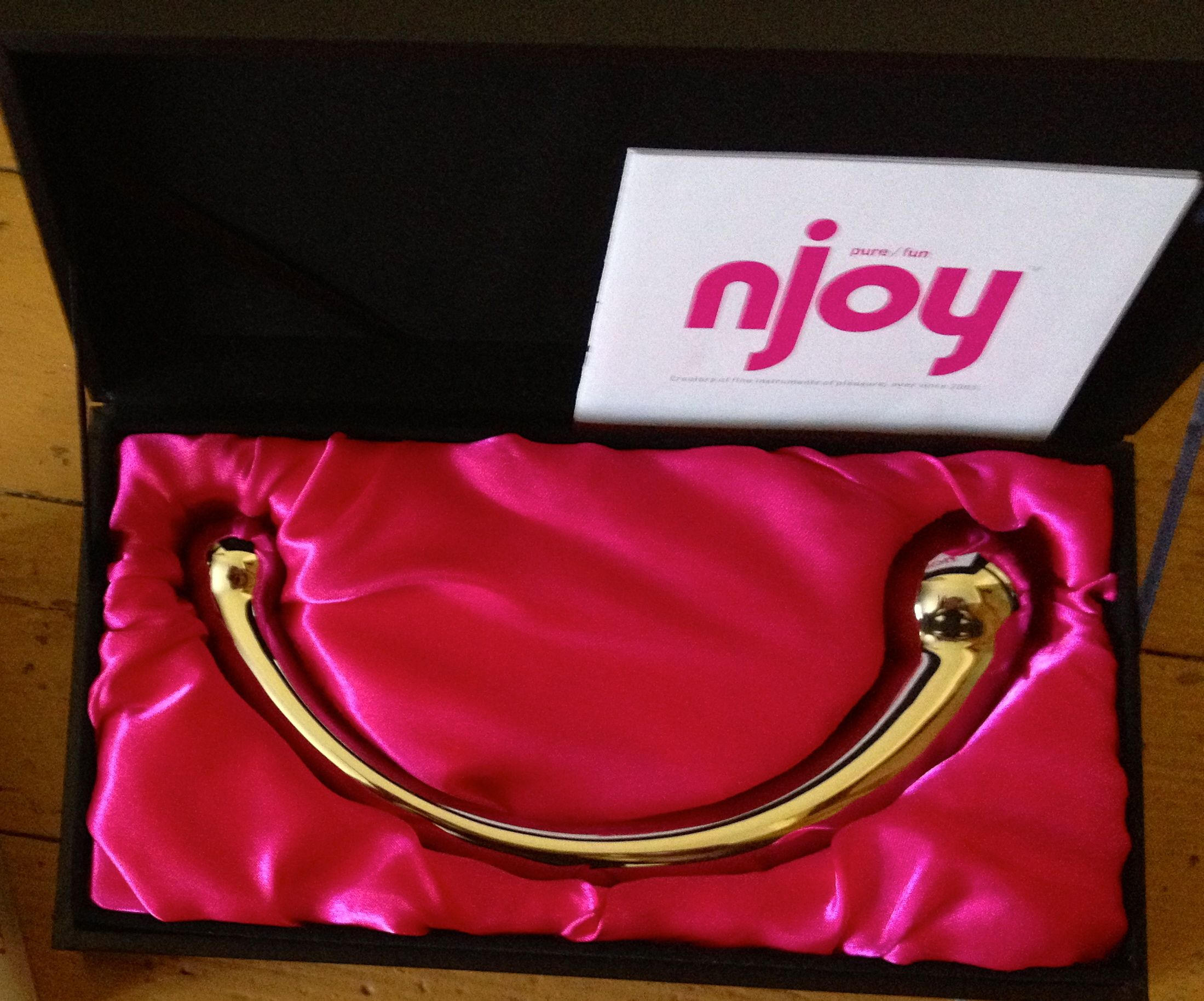 Review: Njoy Pure Wand – The Toy, The Myth, The Legend