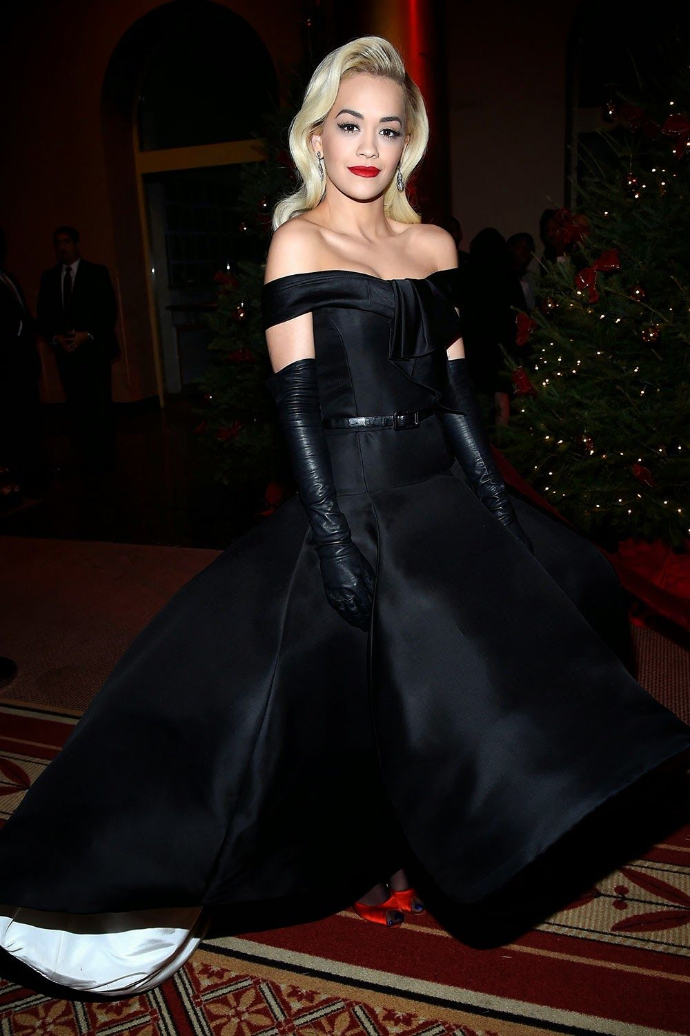 Black gloves for gown - Gloveglove Leather Leather Leather Blog Rita Ora Leather Gloves Black Gownsdesigner