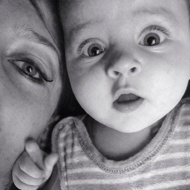 """No need for words ❤️ #biglove #babygirl #babyselfie #baby #bw #us #eyes #face #littleprincess"""