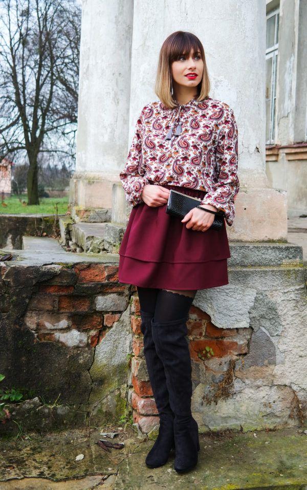 Ołówkowa spódnica jako niezbędnik kobiecej garderoby
