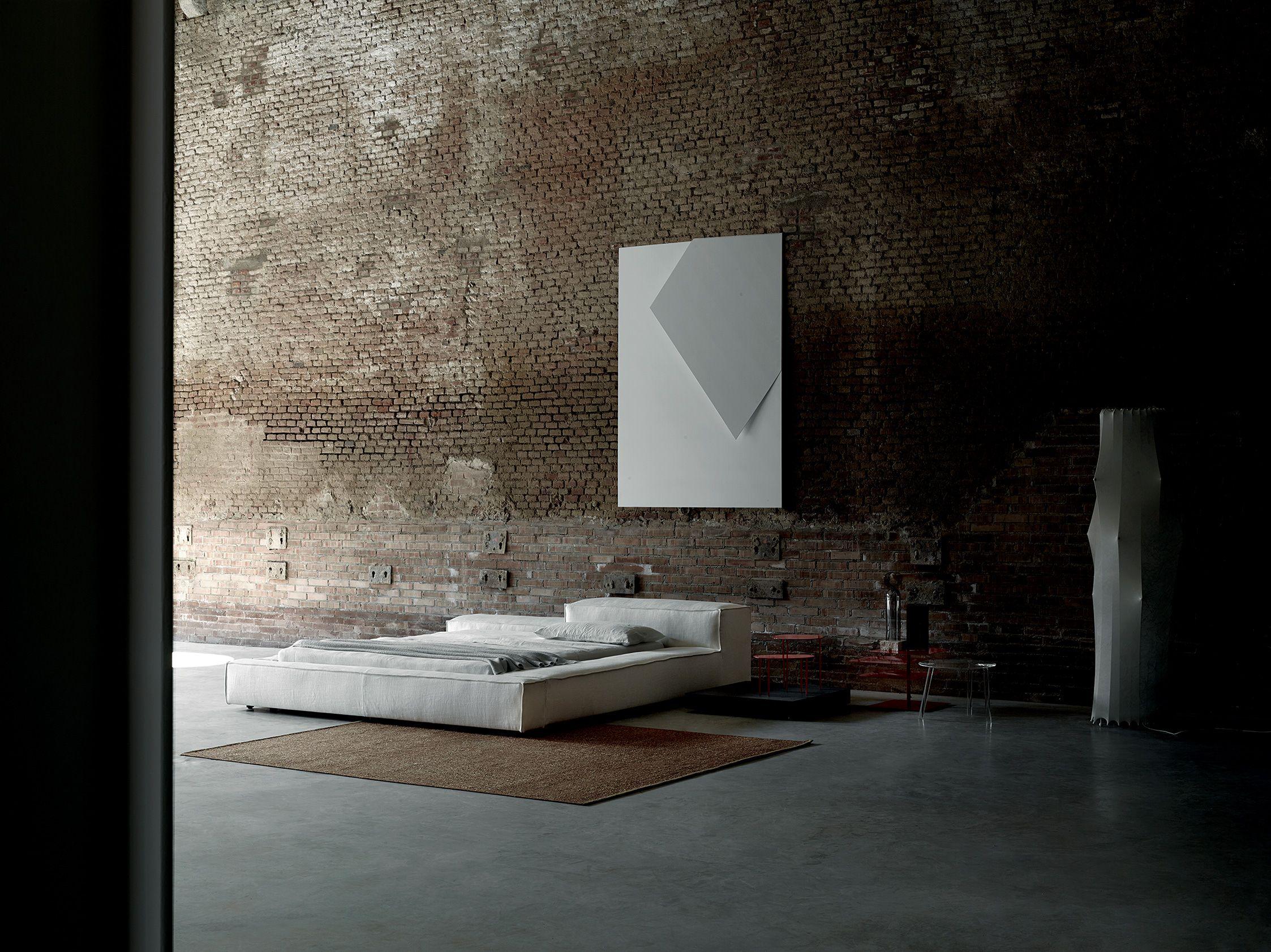 Extrasoft bed design Piero Lissoni