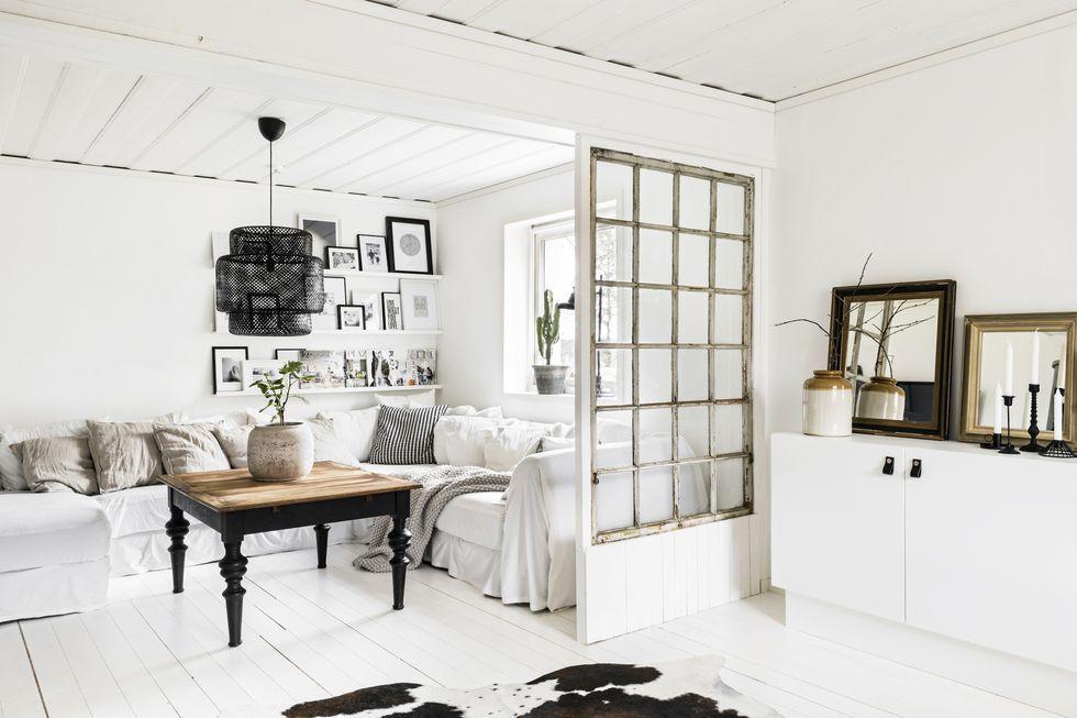 Une Maison Rouge Inspiree Planete Deco A Homes World Deco Decor Salon Maison Interieur Maison