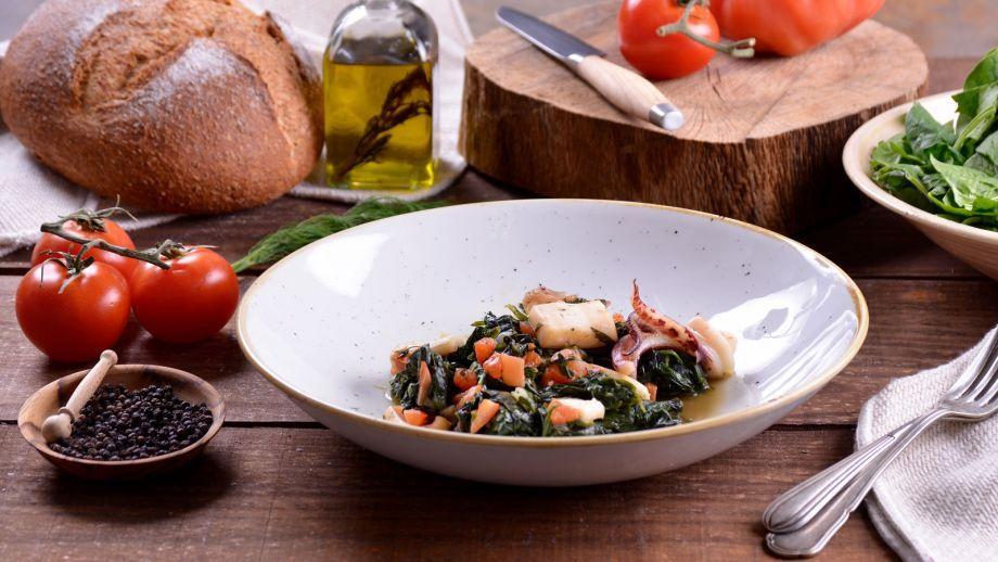Calamares con espinacas kalam ri me spanaki receta - Canal cocina thermomix ...