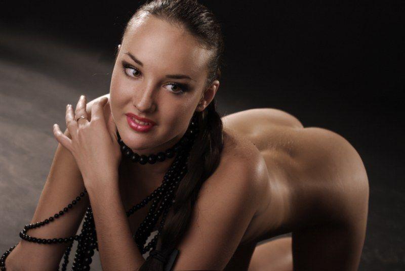 hot female djs nude