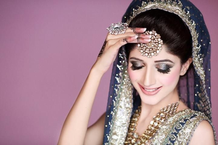 Mehndi Hairstyles S : Stylish eye makeup idea for bride make up and beauty