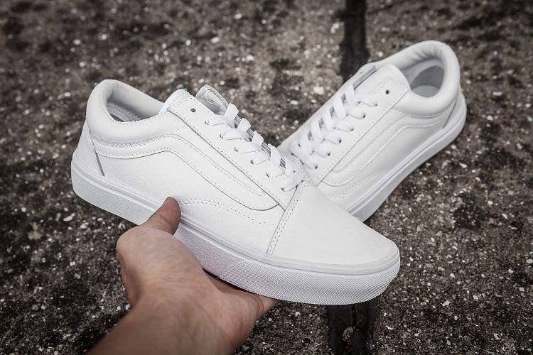 Vans overseas limited edition small white shoes all leather surface high  quality retro shoes unisex 36 --- 44  Vans 97b4c81e1