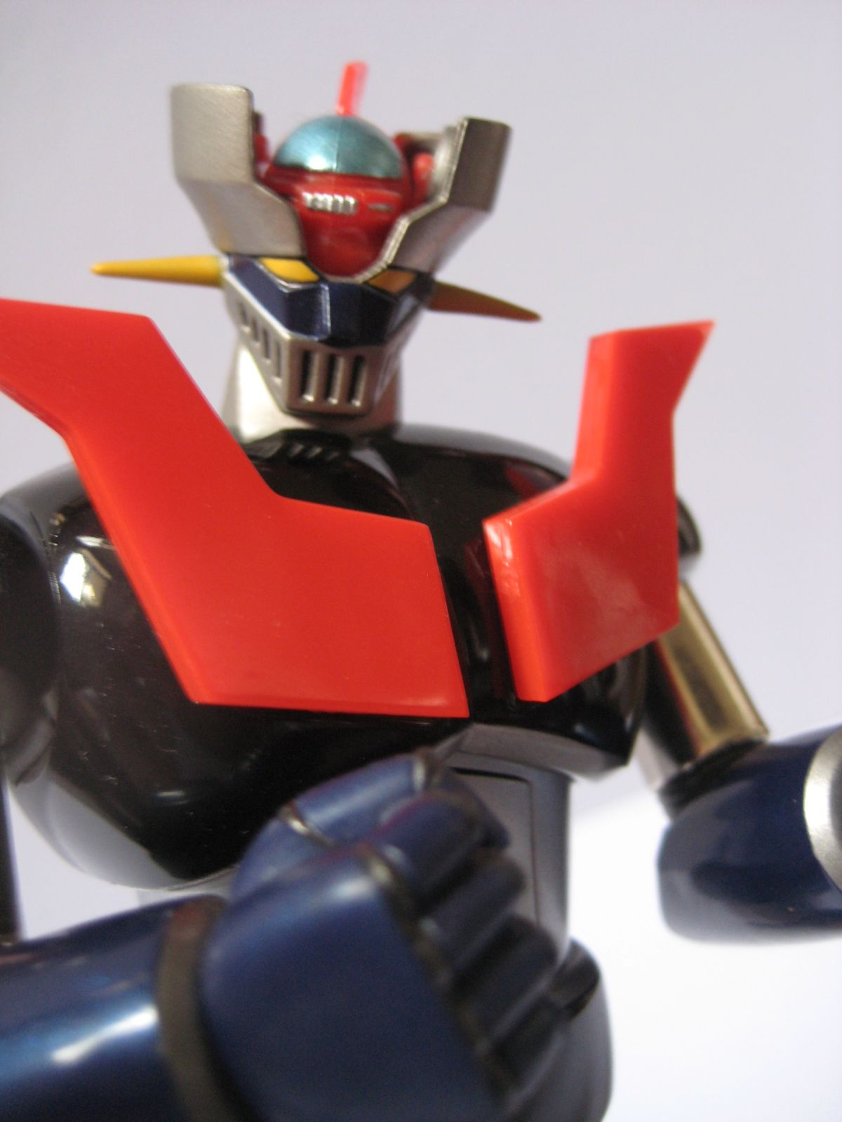 TOYSREVIL: Superman Toys' Special Edition Mazinger Z by Eric So x ...