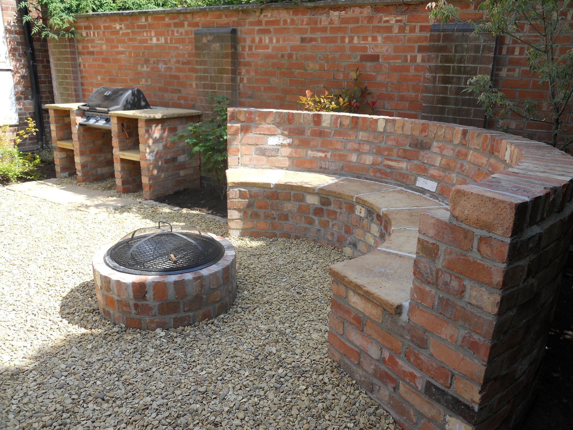 Seat with fire pit and b-b-q | garden ideas | Pinterest ...