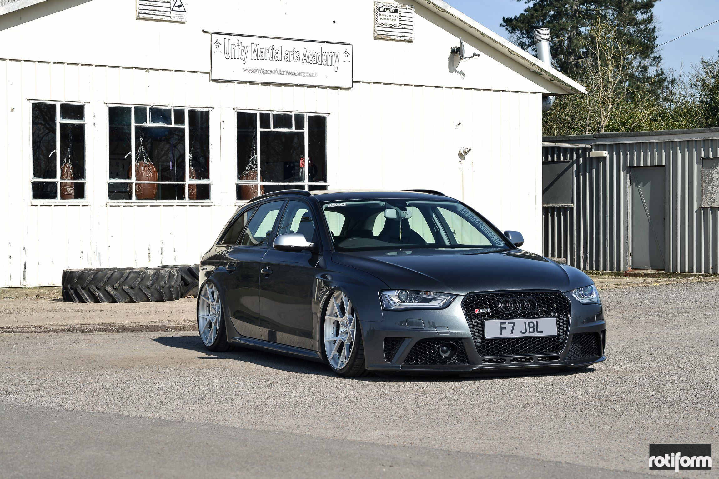 Another Audi Rs4 Avant Gets Radical Stance And Wheel Fitment