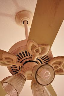 Revamp that old ceiling fan with chalk paint!! Old Ochre and Versailles... dark and clear waxes.