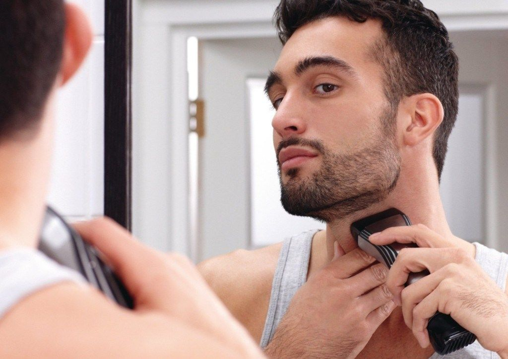 How To Trim The Beard Neckline Harrison Ohio Blog Trim Beard Neckline Beard Neckline Neck Beard
