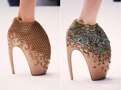 Alexander McQueen s Alien Shoes  56f945cc7
