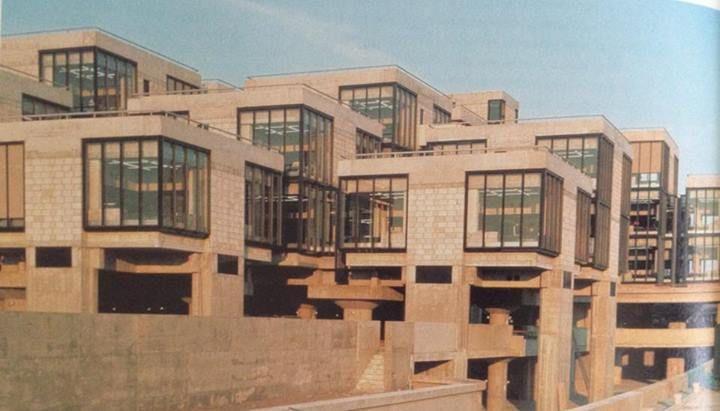 Centraal Beheer, Apeldoorn, 1972NL H. Hertzberger
