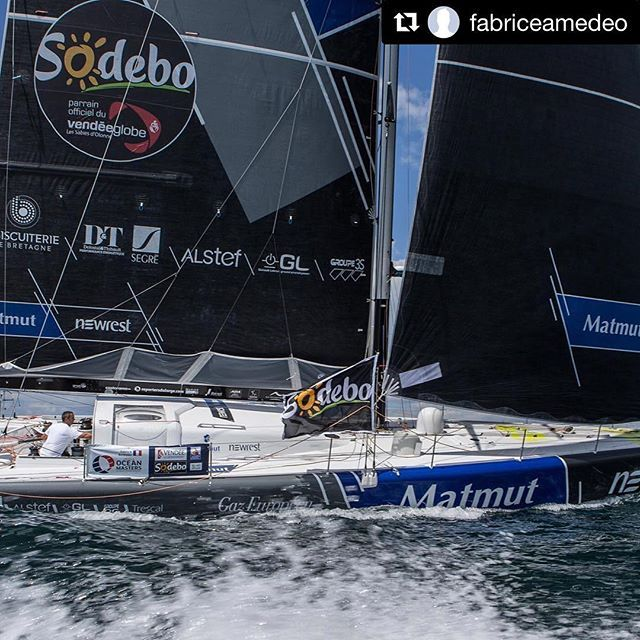 #Repost @fabriceamedeo  @jeanmarieliot #VG2016#extreme#sailing#instasailing#sailingworld#roundtheworld#offshoresailing#oceanmasters#offshore#imoca60#vendeeglobe#vendeeglobe2016#solosailors#oceanracing#picoftheday#photooftheday#instapic