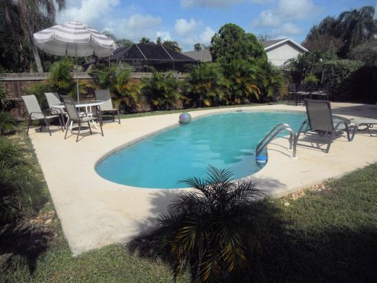 Inground Pool Private Fenced Yard 1 4 Acre Lot Maintained By Pool Service Florida Vacation Rentals Florida Vacation Fenced In Yard