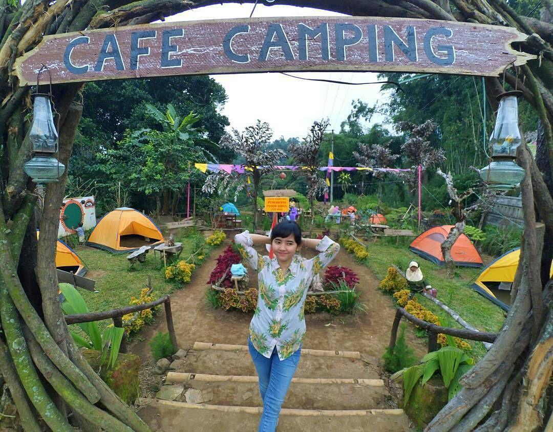 From hayyu_intan Yuuuk camping sama aku . Loc Cafe