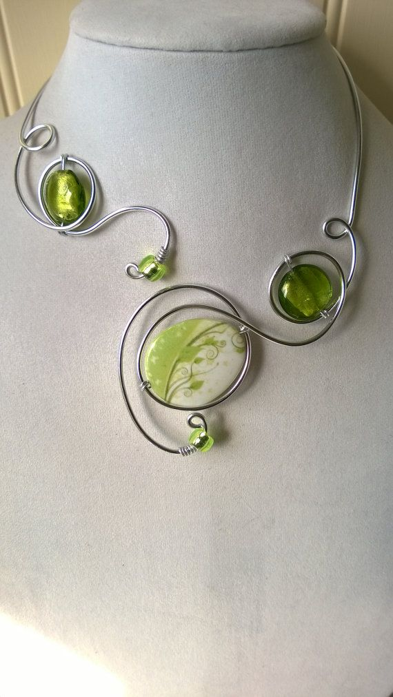 Green necklace - Aluminium wire necklace - Unique jewelry
