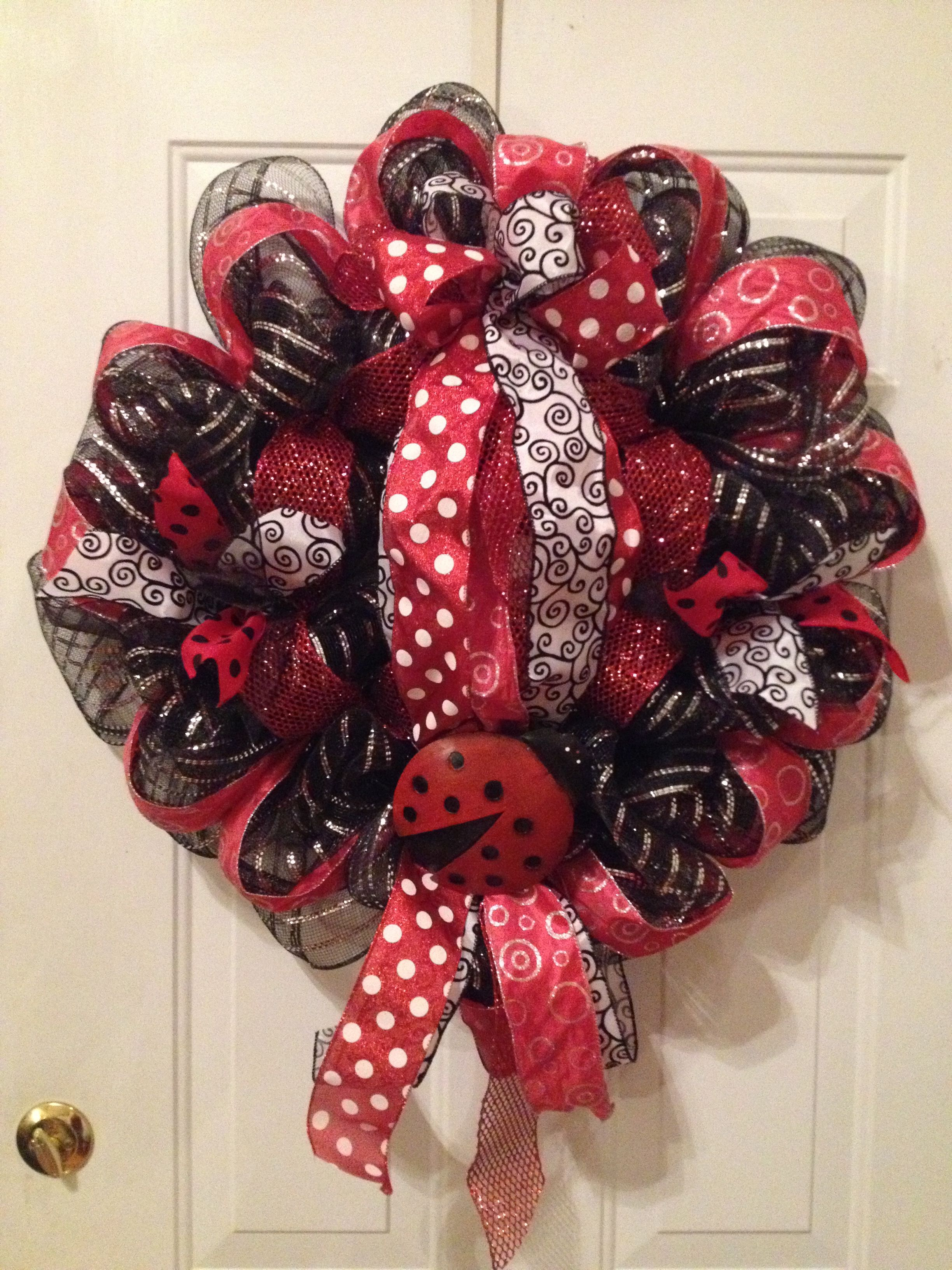 Black Poly Deco Mesh Wreath With Red Ribbon And A Ladybug Red Mesh Wreath Homemade Wreaths