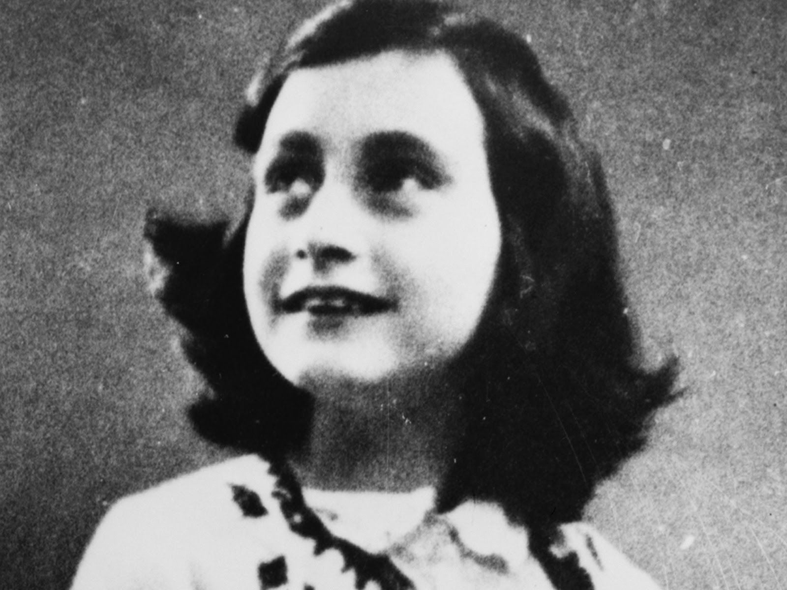 Anne Frank Biography Quotes Diary Book Facts