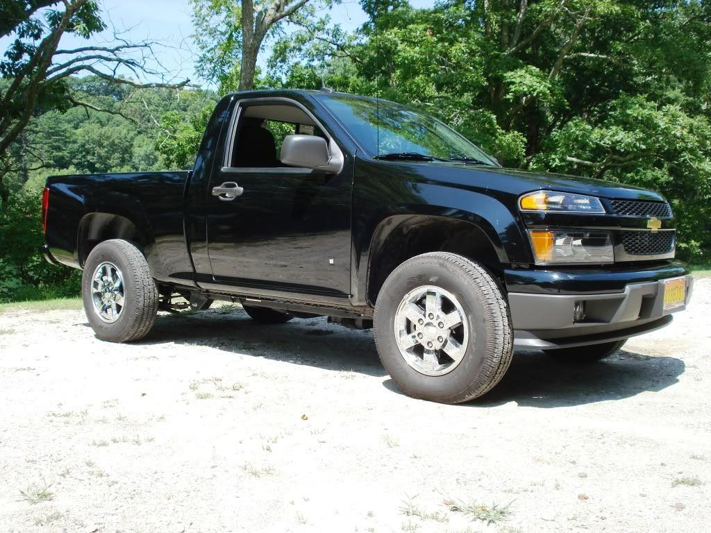Chevrolet colorado regular cab blue color oto picture pinterest chevrolet colorado chevrolet and gm trucks