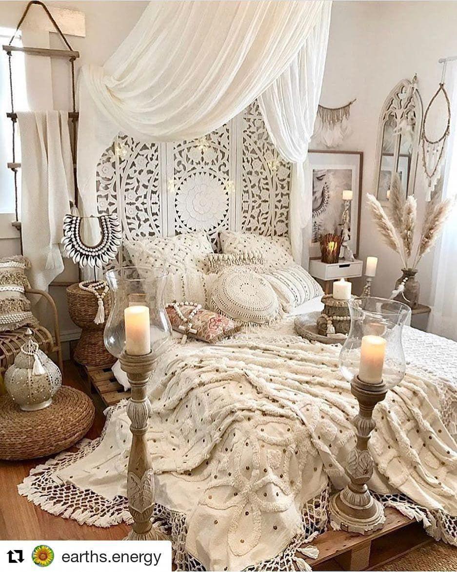 Bohemian Bedroom Decor And Bed Design Ideas #vintagebedroom