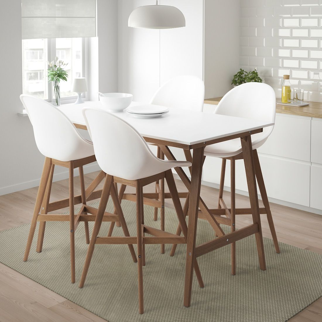 Fanbyn Bar Table And 4 Stools