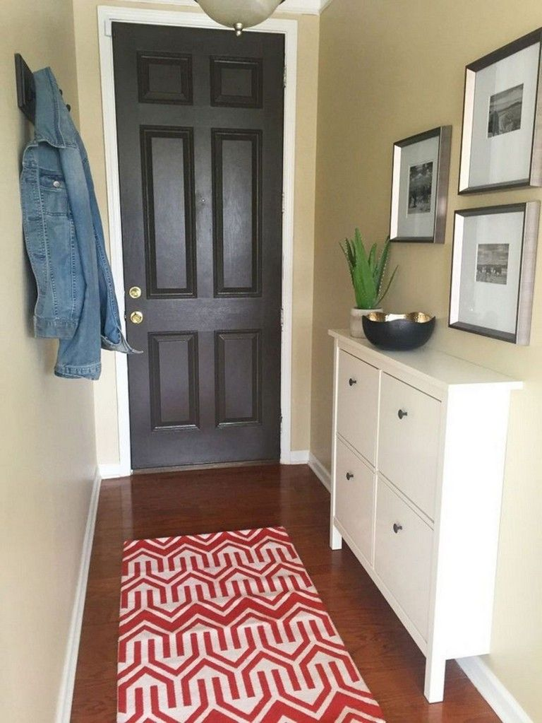17 Awesome Small Entry Way Apartment Decor Ideas
