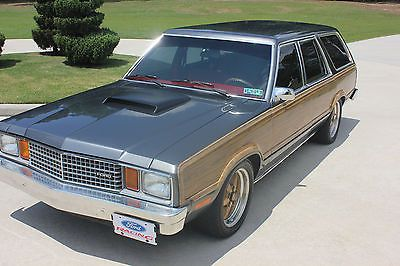 Ford Fairmont Country Squire Automoviles