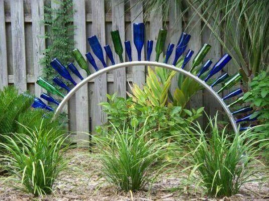 Ideas para reciclar botellas en el jard n reciclar for Ideas originales para el jardin