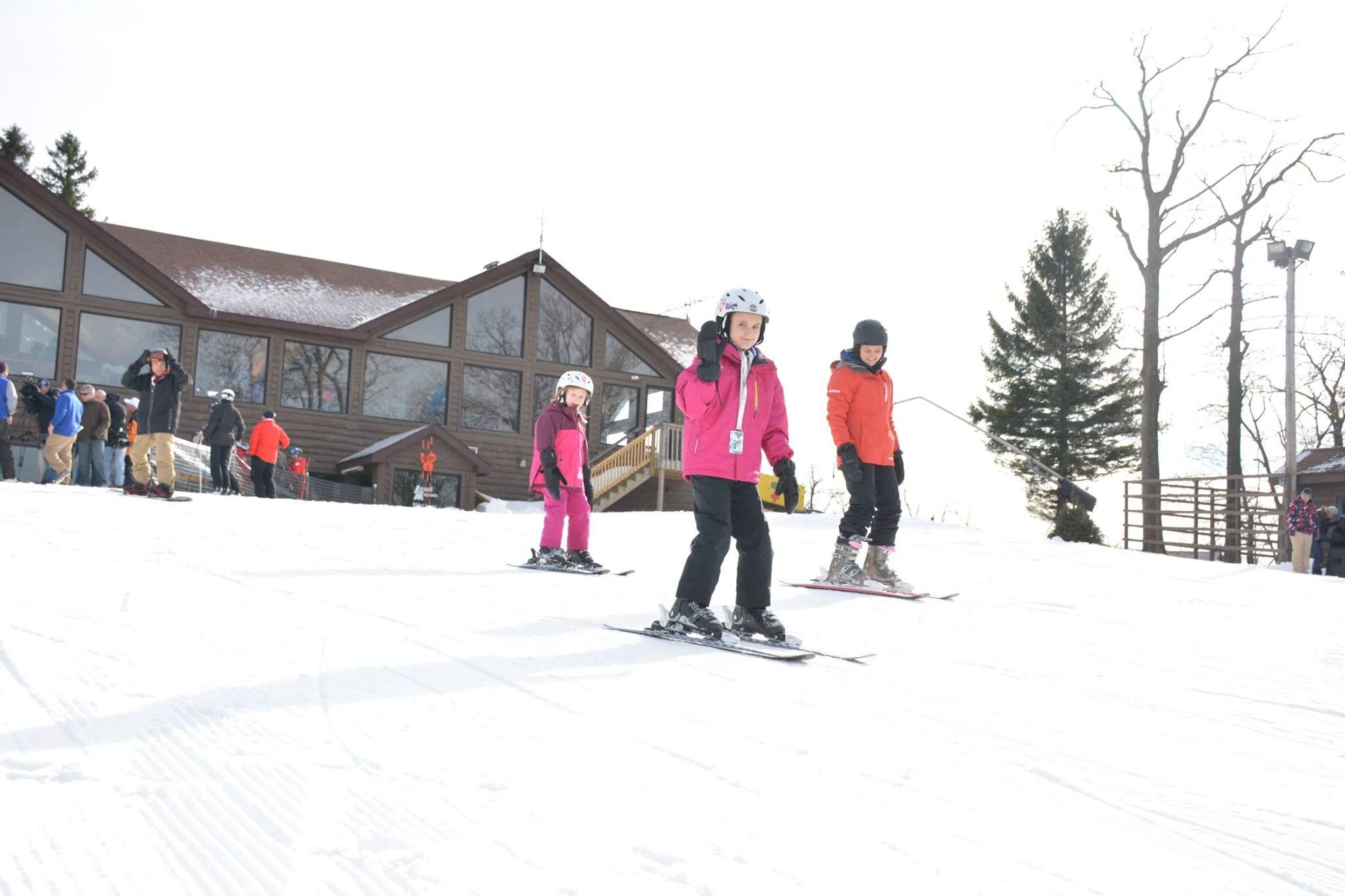 Laurel Mountain Ski Resort (With images) Skiing, Laurel