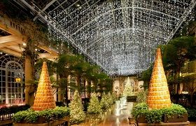 Christmas Holiday Tours & Vacation Packages - TakeTours ...
