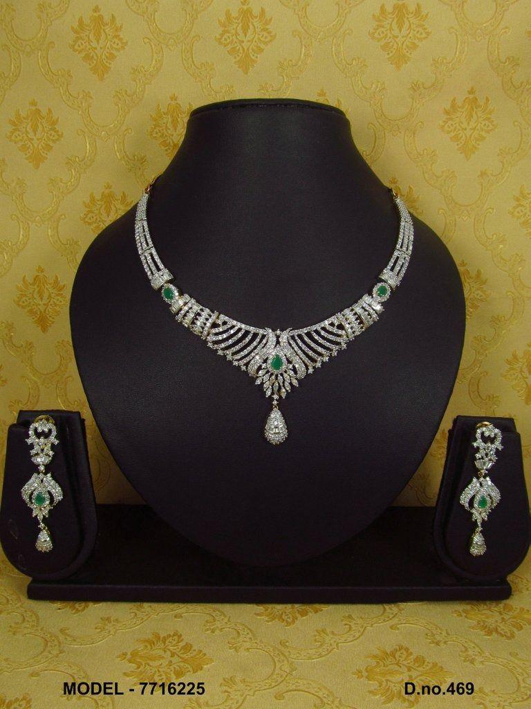 Feel the diamonds with these original cz's. Imitation