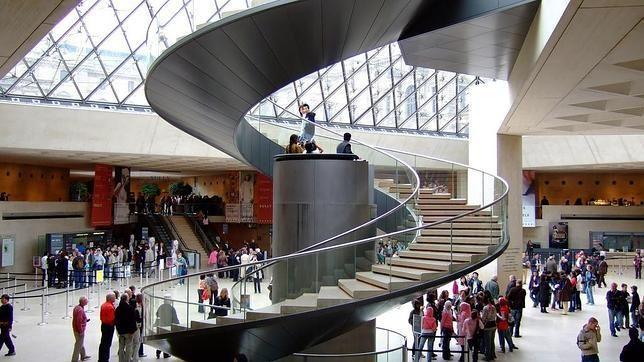 Los diez ascensores m s incre bles del mundo stairs to for Escaleras para caminar fuera del jardin