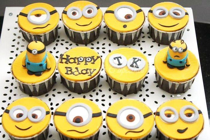 Pin By Mary Black On For Kids Minion Cupcakes Birthday Cake Kids Minons Cake