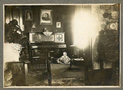 Superior Aunt Belleu0027s Living Room Ca. 1880 Ca. 1900